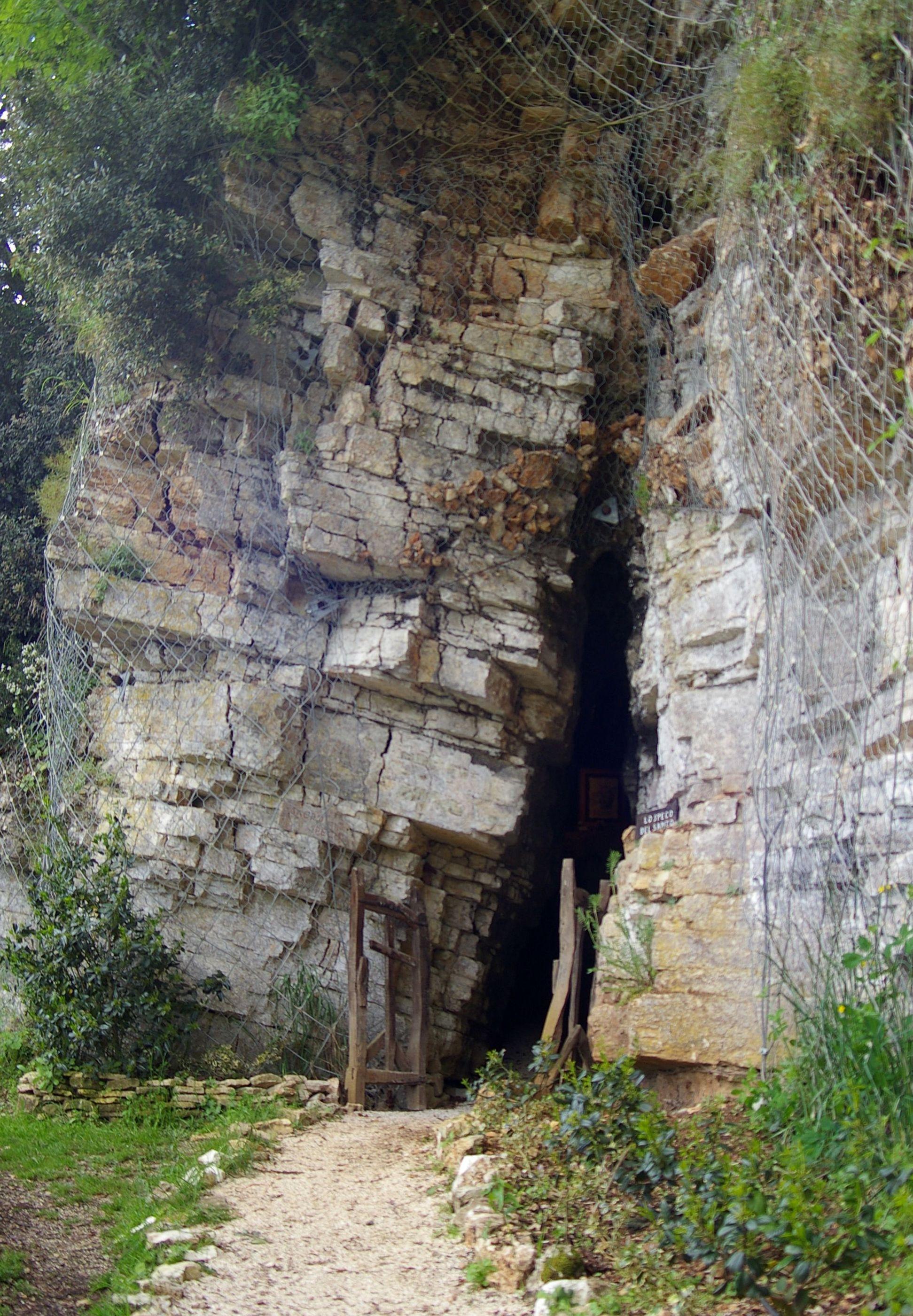 La grotta di San Francesco