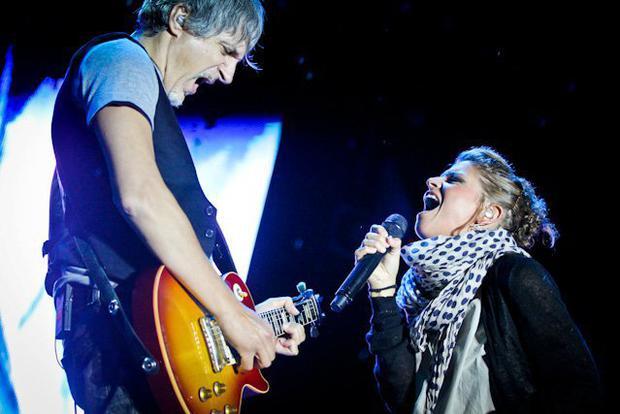 David Pieralisi ed Alessandra Amoroso (foto di www.scuolastemma.it)