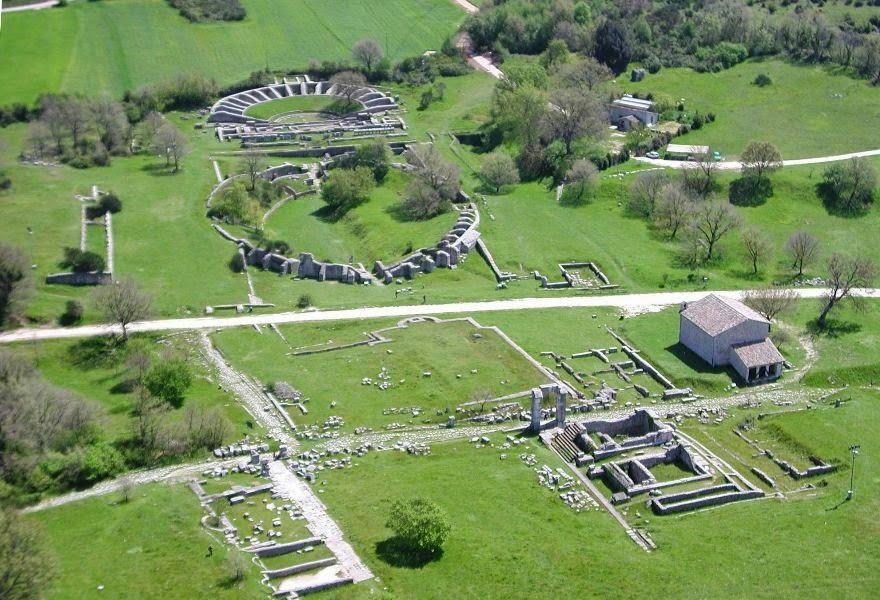 Carsulae (foto di: Associazione Geologica Chianciano Terme)