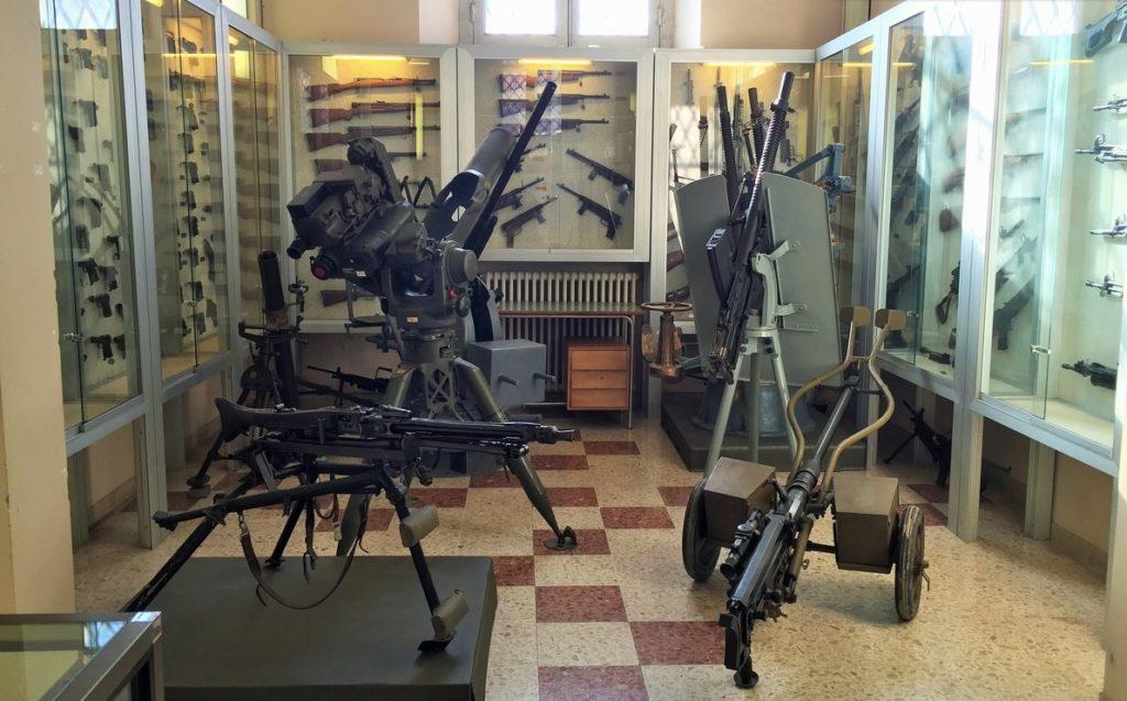 Interni Museo Internazionale Armi Leggere di Terni (foto di UmbriaON)