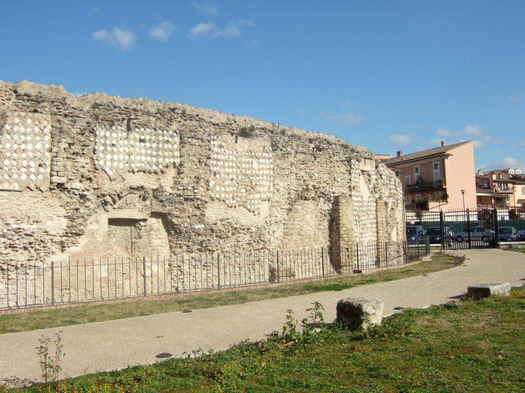 Anfiteatro Fausto di Terni (foto di Bella Umbria)