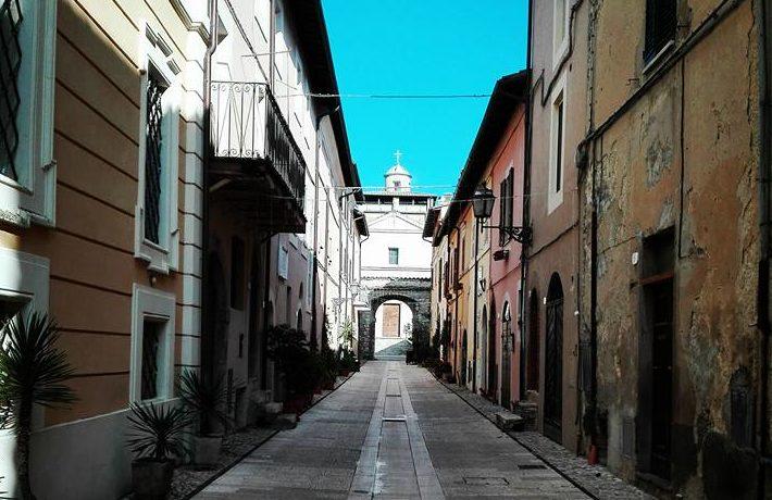 Porta dIngrasso di Torre Orsina Foto di Valeria Iacobellis)