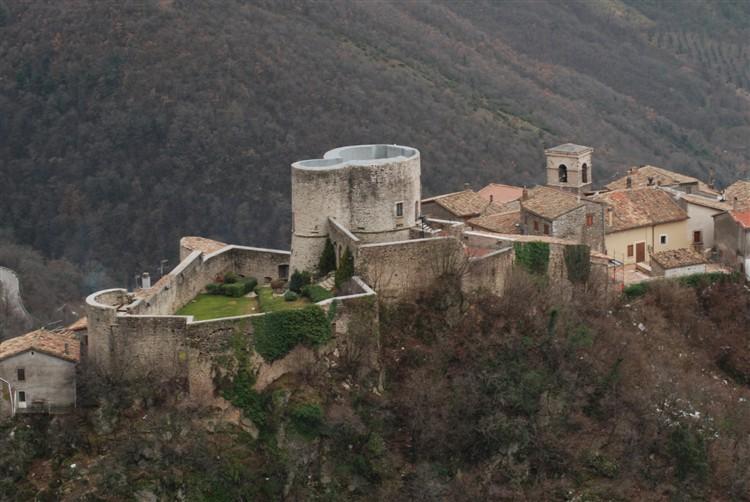 Rocca di Polino (Foto di castlesintheworld.com)