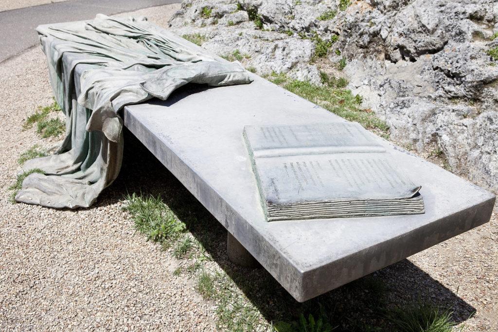 Il Mantello di Lord Byron (Foto di festadelleacquepiediluco.it)