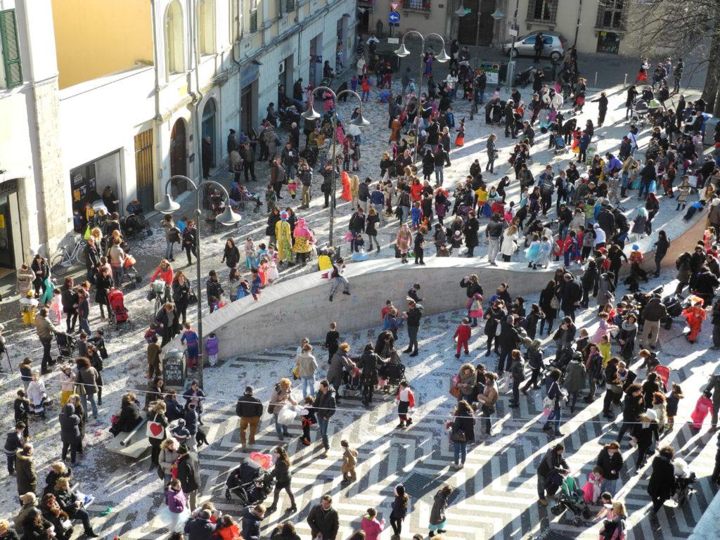 Carnevale a Piazza Solferino - Terni (Foto di UmbriaON)