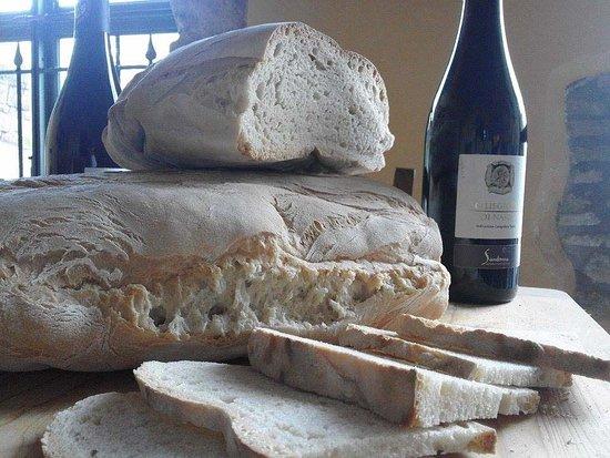 Pane sciapo, pane di Strettura e Bread Fest. Terni tra tradizione e sapore.